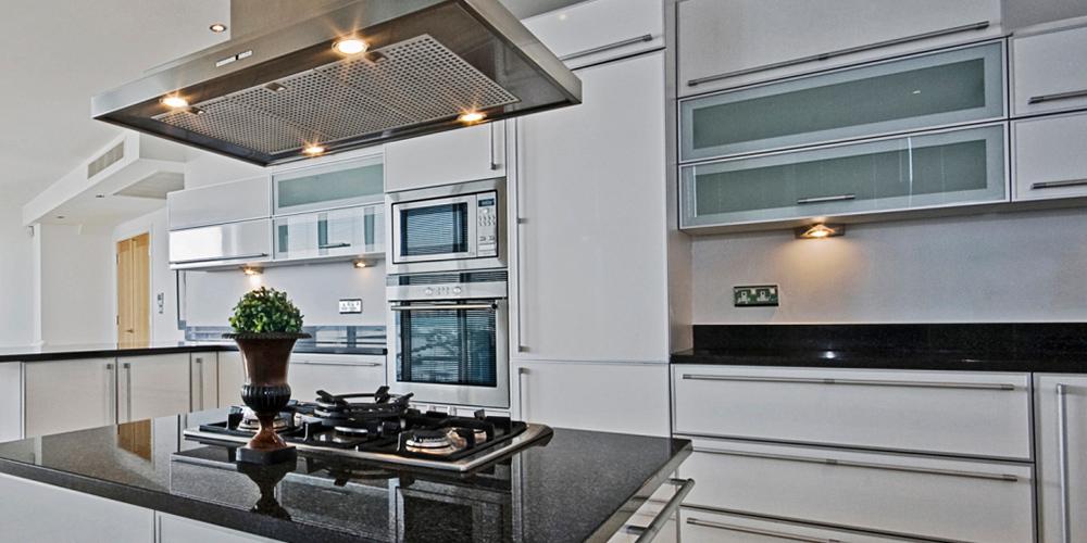 Küchenmodernisierung + Küchenrenovierung
